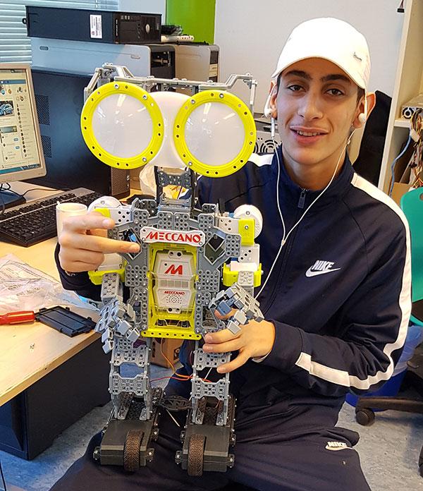 Vi bygger robot på IKT-praksisplass